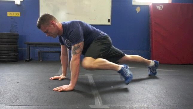Knee to Elbow Crunches exercise