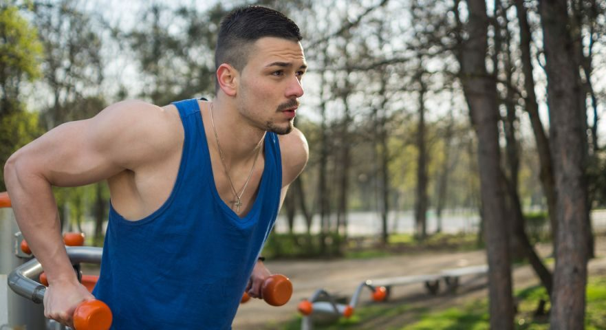 get ripped and big chest muscles with dips