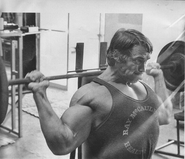 arnold schwarzenegger shoulder workout