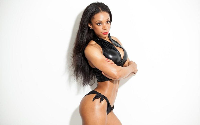 Bianca Berry bodybuilding - Girls with Muscle