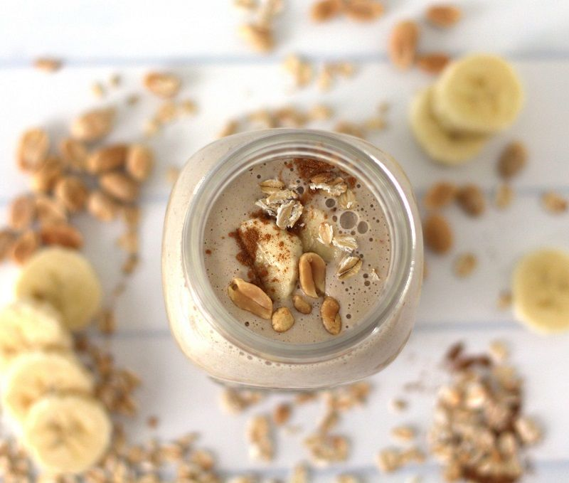 Almond smoothies for bodybuilding